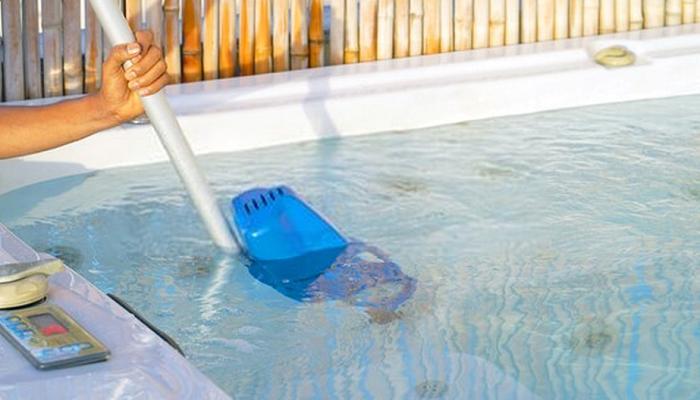 pool leaf vacuum
